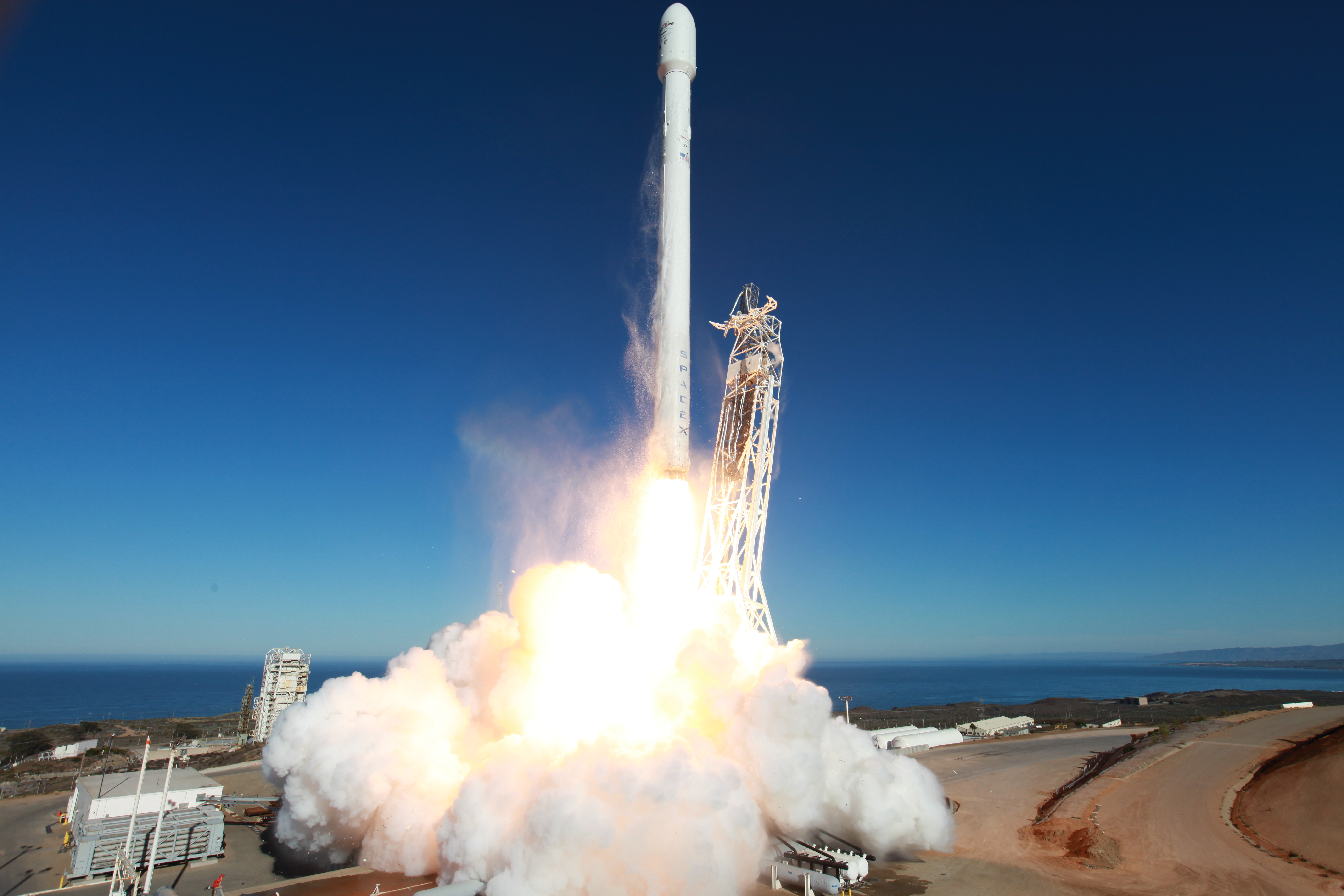 spacex launches rocket - 1024×682