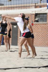 sandvolleyball2.jpg