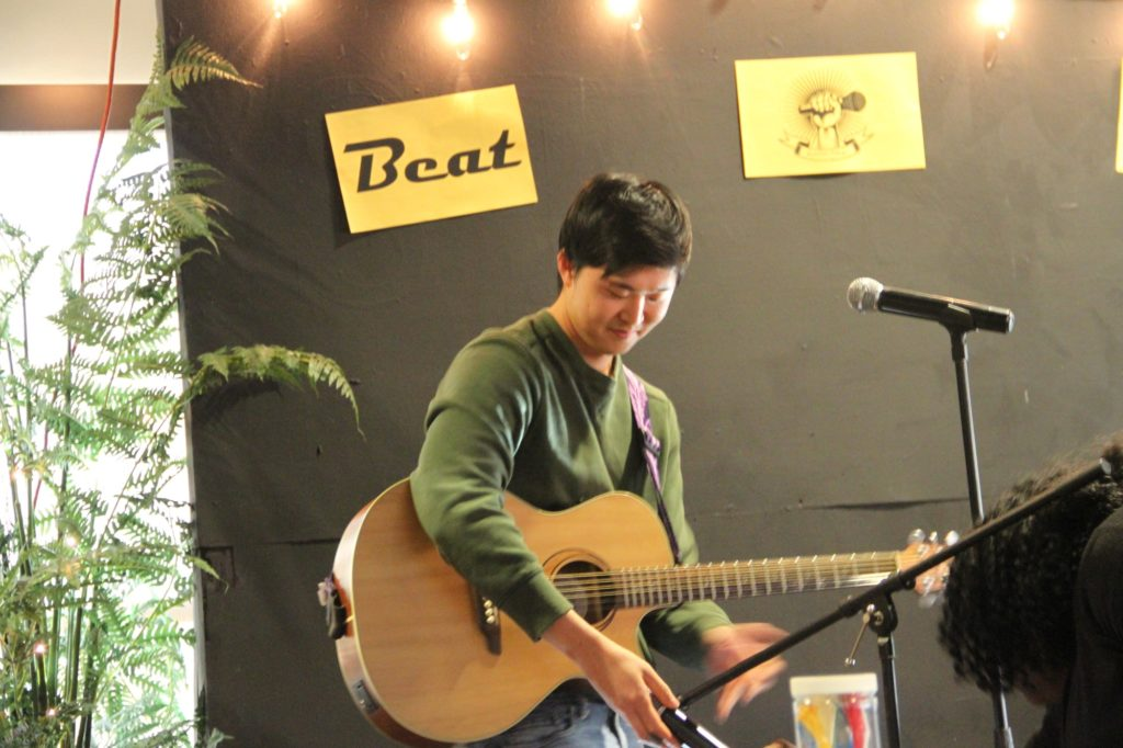 Yechan performs Coldplay song
