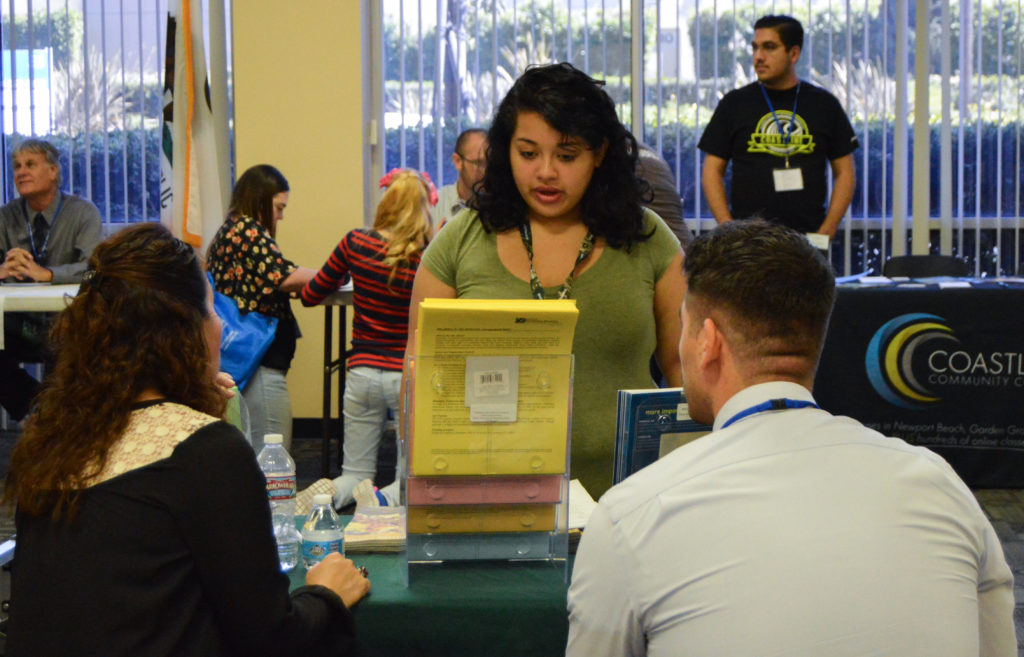 Free career fairs offer opportunities to those eager to get a foot in the door