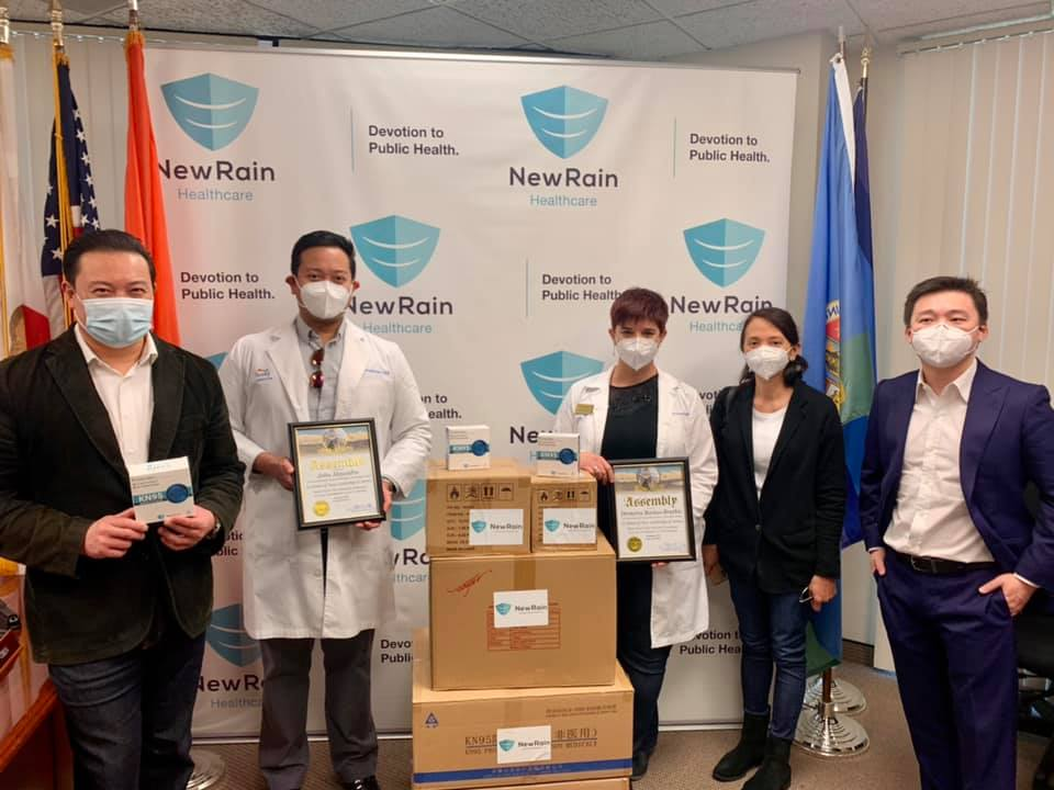 Assemblyman Chen donating KN95 masks, hand sanitizer, and surgical masks to the California Association for Nurse Practitioners, Orange County Chapter.