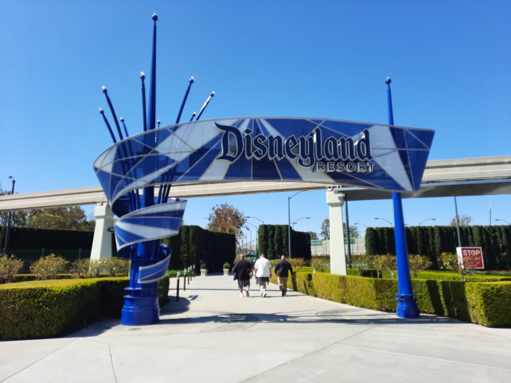 The Disneyland entrance sign normally swarmed with people, is now empty.