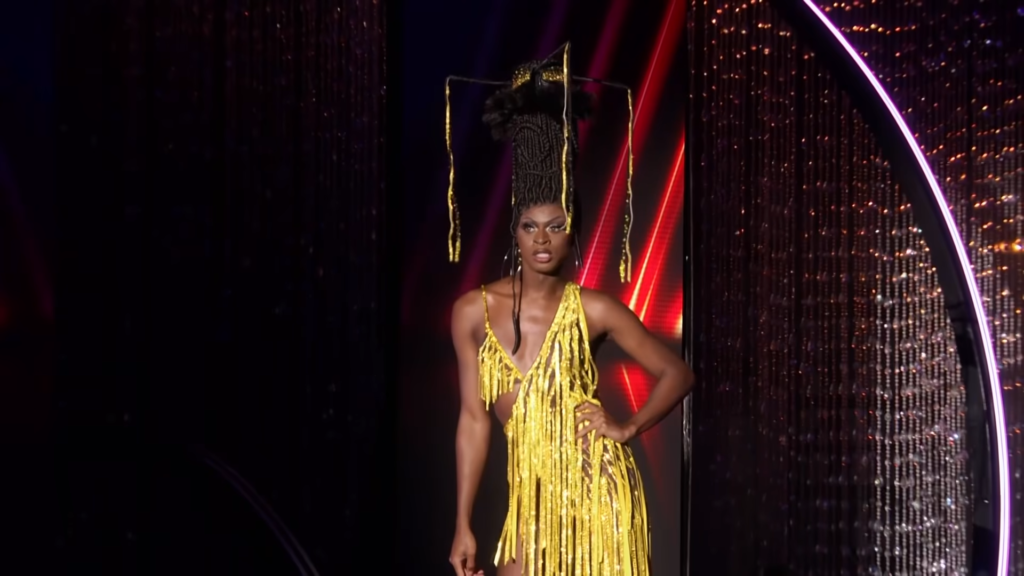 "Symone at the end of her lip sync performance against Kandy Muse to the song, ""Until the World Ends"" by Britney Spears."