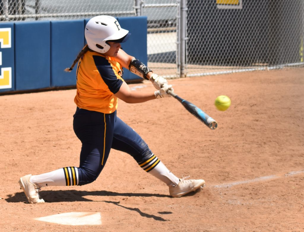 Dee Ramirez had two RBI and a run scored for the Hornets.
