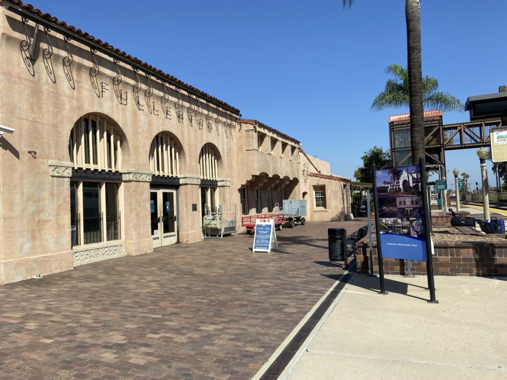 The outside of the Fullerton train station